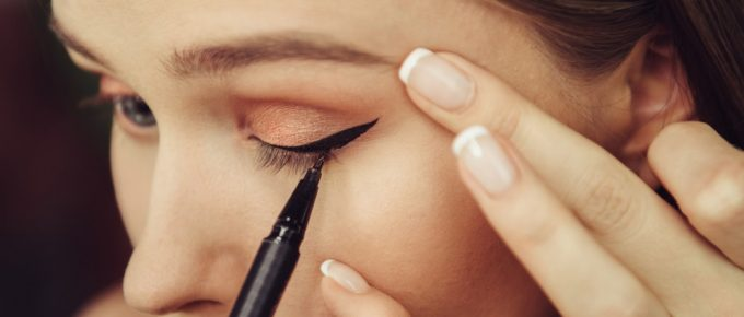 Best Eyeliner for Sensitive Eyelids